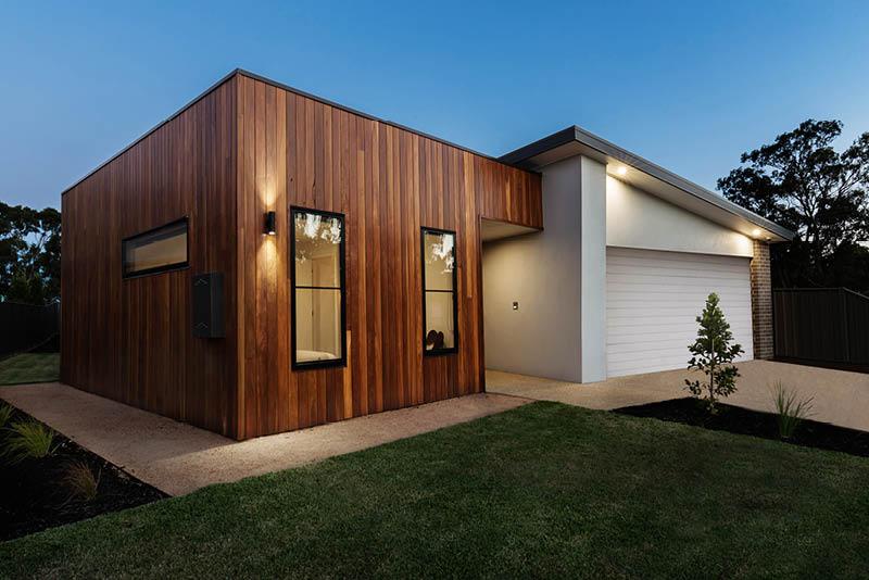 Nailing-Mixed-Materials-Home-Designs